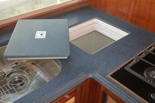10-Lid-with-Countertop
